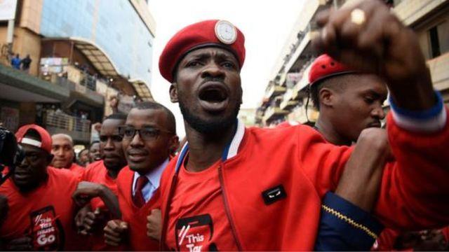 Mu kwezi kwa karindwi, Bobi Wine yatangaje ko aziyamamaza mu matora ya perezida yo mu mwaka wa 2021