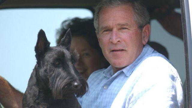 Джордж Буш-младший на своем ранчо в Техасе