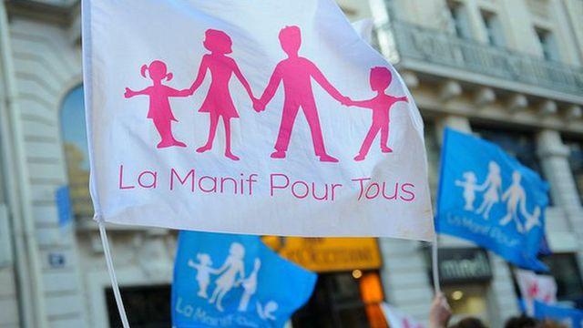 Les manifestants contre le mariage gay en France prônent la famille traditionnelle.