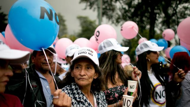 """Partidarios del """"no"""" en Colombia."""