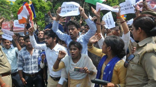 भारत, दलित, एससी/एसटी (प्रिवेंशन ऑफ़ एट्रोसिटीज़) ऐक्ट