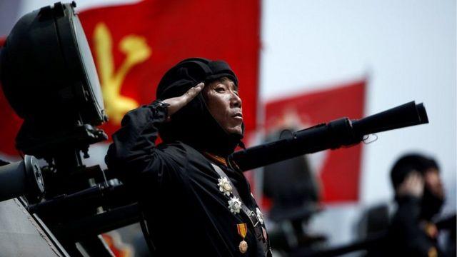 رژه بزرگ نظامی امروز در پیونگ یانگ برگزار شد
