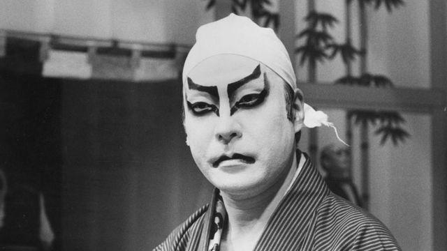 歌舞伎の隈取が「ジギー・スターダスト」に影響を与えた