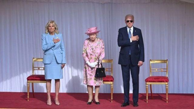 Biden çifti ve Kraliçe