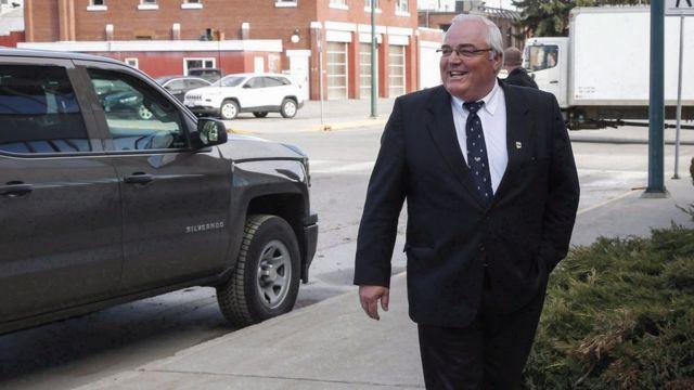 Winston Blackmore, acusado de poligamia, a su llegada al Tribunal Supremo en Cranbrook, British Columbia, abril 18, 2017