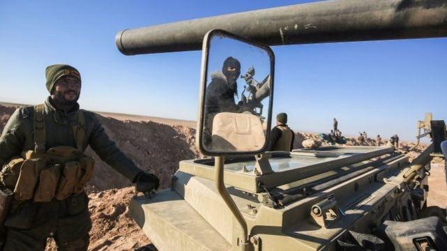 Combatientes aliados a las fuerzas iraquíes en Mosul