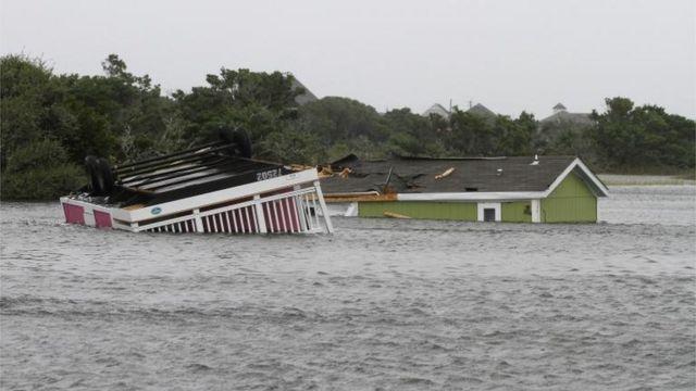 Casa inundada en Carolina del Norte.