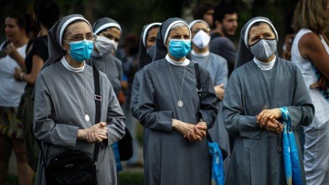 Monjas acuden a una protesta contra el aborto (Buenos Aires, diciembre de 2020)