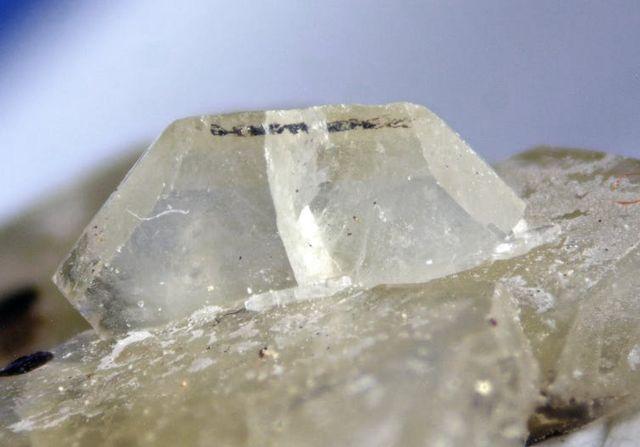 Cristal de formiato de calcio del Lago Alkali en Oregon, Estados Unidos