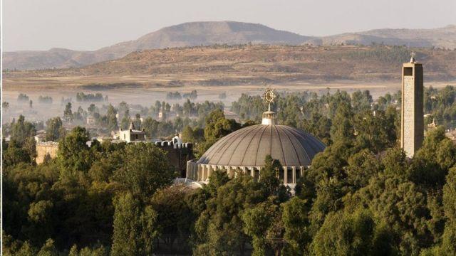 يقال إن أكسوم هي مسقط رأس ملكة سبأ الوارد ذكرها في الكتاب المقدس