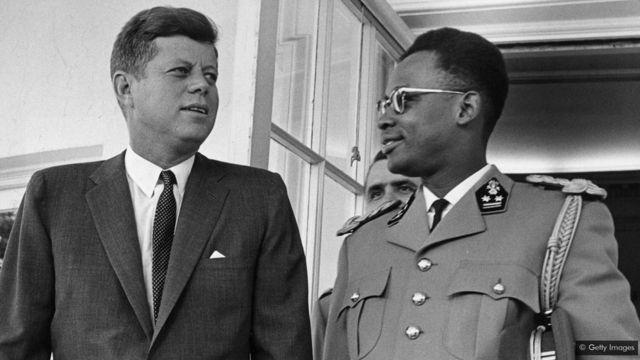 Mu ntambara y'ubutita (guerre froide), Amerika yashyigikiye gufata ubutegetsi ku ngufu kwa Mobutu Sese Seko kuko yari ikeneye cyane ko Abasoviyeti batagera kuri Shinkolobwe