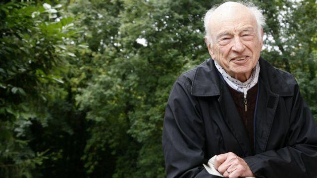 Fransız filozof Edgar Morin, 'toplum içinde dayanışmanın güçlendirilmesi' gerektiğini söyledi.