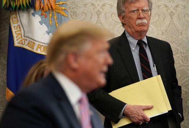 هرازگاهی اختلافات بولتون و ترامپ علنی میشود