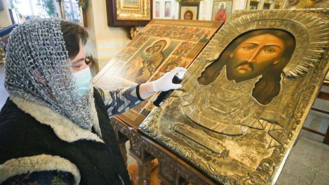 Профилактические меры в храме святителя Алексия в Рогожской слободе