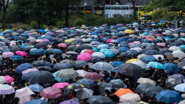 Cuộc biểu tình của giáo viên, nhân viên ngành giáo dục ủng hộ sinh viên Hong kong hôm 17/8