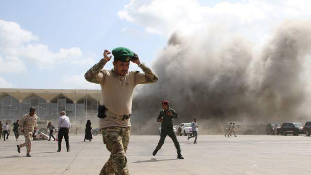 تفاصيل الانفجار في مطار مدينة عدن اليمنية