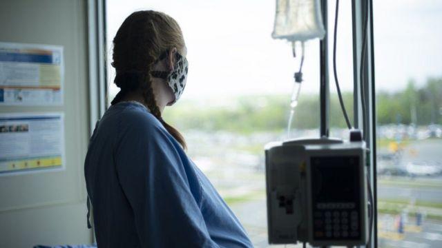 نساء حوامل مصابات بفيروس كورونا