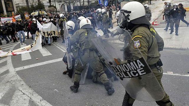 Confronto em Atenas em 2011