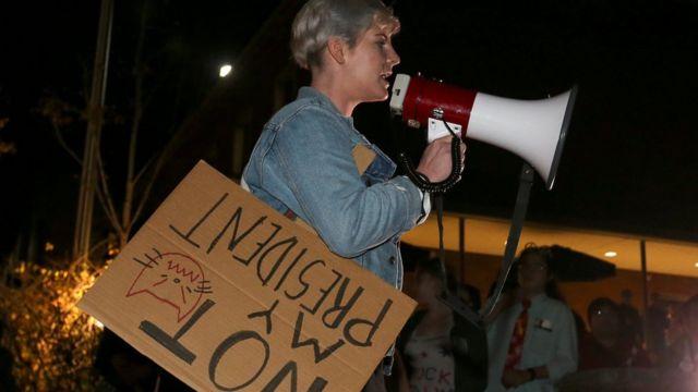 محتجون ضد ترامب