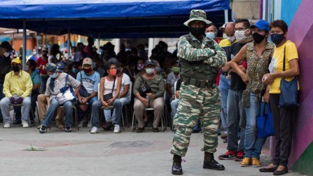 Simulacro de elecciones en Petare, Caracas.