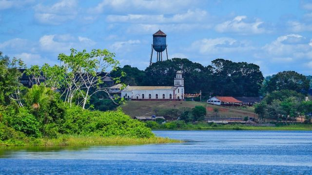 Fordlândia vista do rio