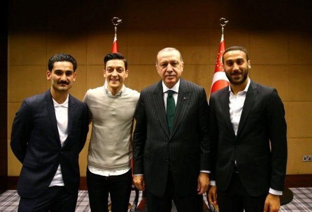 İlkay Gündoğan, Mesut Özil, Cumhurbaşkanı Recep Tayyip Erdoğan, Cenk Tosun