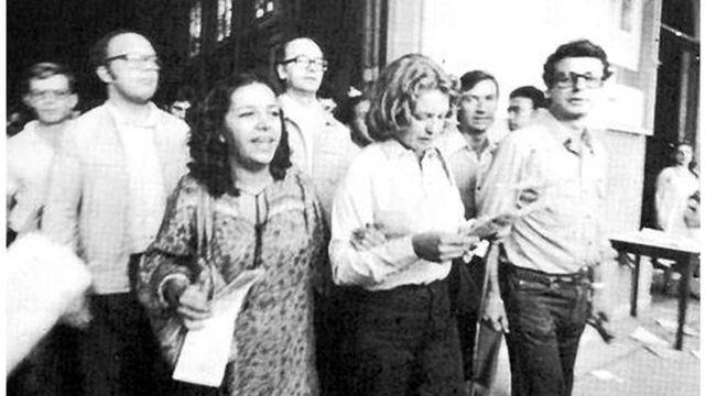 Marisa Silva, esposa de Lula, Dom Cláudio Hummes (bispo de Santo André, atrás de Marisa), Frei Betto (à direita).