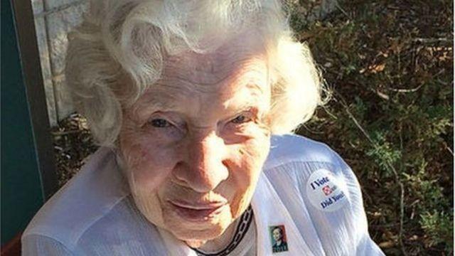 ১০২ বছর বয়সী ইউগেনিয়া পার্কিন্স