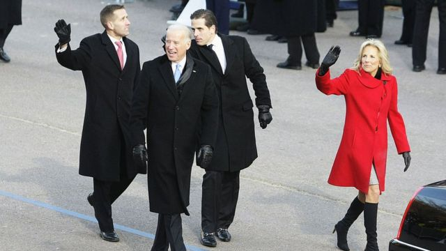 Jill Biden, Joe Biden y sus hijos Hunter y Beau Biden.