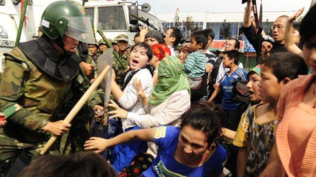 Şincan'da şiddet olayları