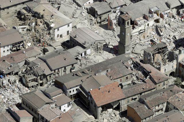 Vista aérea de Amatrice tras el terremoto