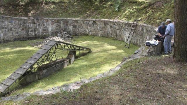 En Polonia, descubrieron un túnel cavado con cucharas por prisioneros judíos en la Segunda Guerra Mundial.