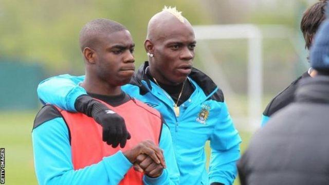 Richards ve Balotelli