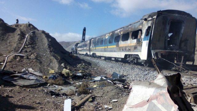 उत्तरी ईरान में दो ट्रेनों की टक्कर
