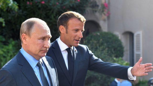 Макрон, Путин