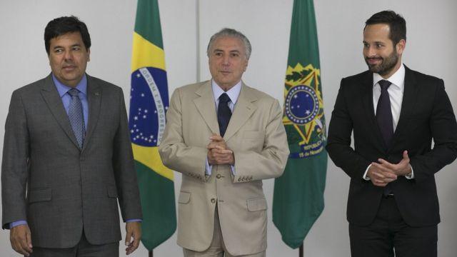 O ministro Mendonça Filho; o presidente interino, Michel Temer; e o secretário da Cultura, Marcelo Calero