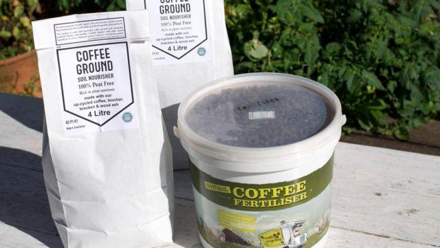 Британская кофейная компания Greencup ежегодно превращает 200-300 тонн использованной кофейной гущи в полностью органическое удобрение