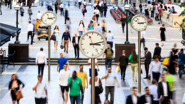 FTSE firms face pension 'difficulty'