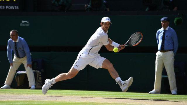 Andy Murray en plena jugada.