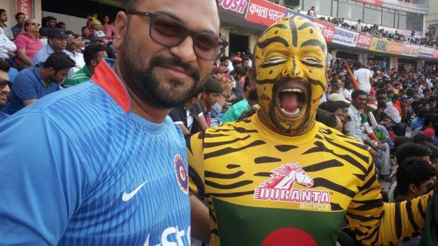 হায়দ্রাবাদের মাঠে বাংলাদেশি ক্রিকেট ভক্তরা