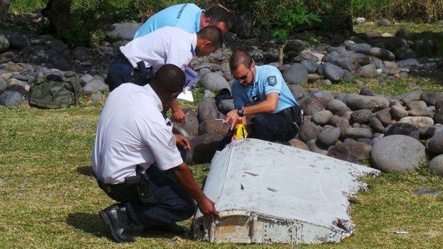 Một vài mảnh vỡ của MH370 đã được tìm thấy, nhưng cuộc tìm kiếm chính thức đã dừng lại.