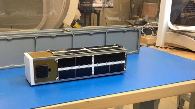 Un nuevo satélite que diseñó Guarneros Luna y su equipo en el Centro Ames. (Foto: Ali Guarneros Luna)