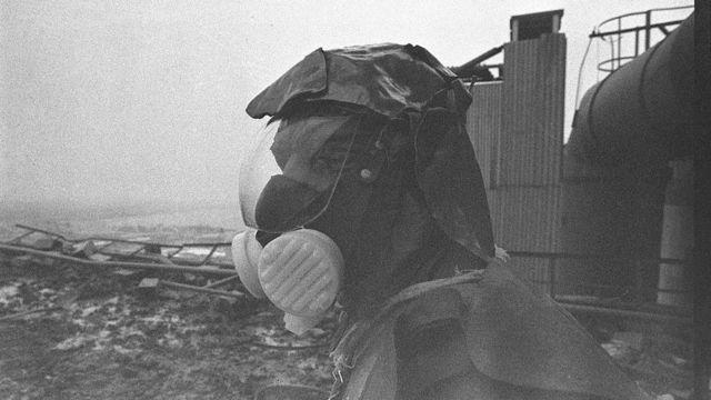 切尔诺贝利核反应堆顶部清理