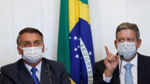 Jair Bolsonaro ao lado de Arthur Lira