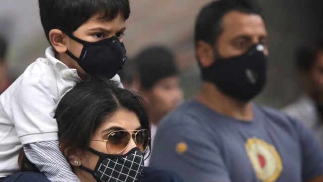 दिल्ली में प्रदूषण के ख़िलाफ़ प्रदर्शन