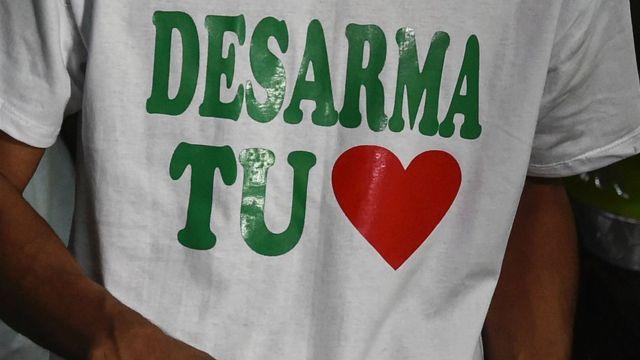 Camiseta por el desarme