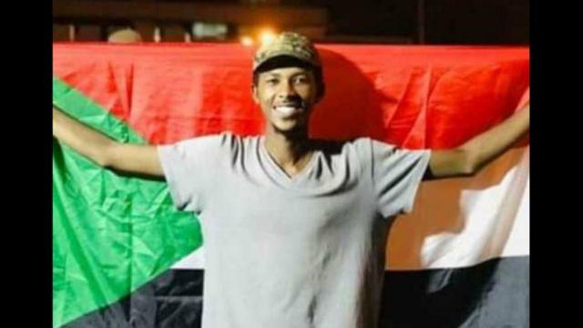 توفي قصي بعد إصابته بالرصاص أثناء مشاركته في اعتصام القيادة العامة في الخرطوم