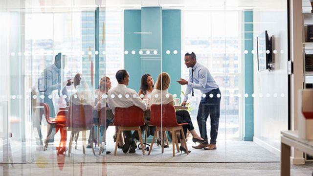 Reunión en una oficina