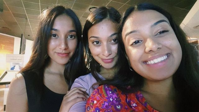Un selfie Instagram de Ithra et deux de ses sœurs, Iman et Taleah