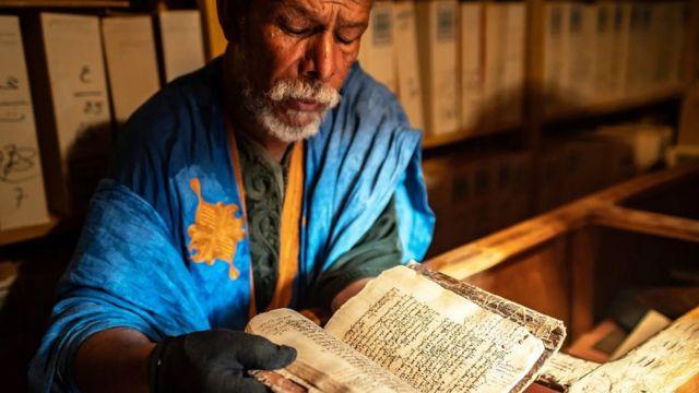 Les livres du Sahara font leur chemin dans les bibliothèques à l'époque du commerce transsaharien